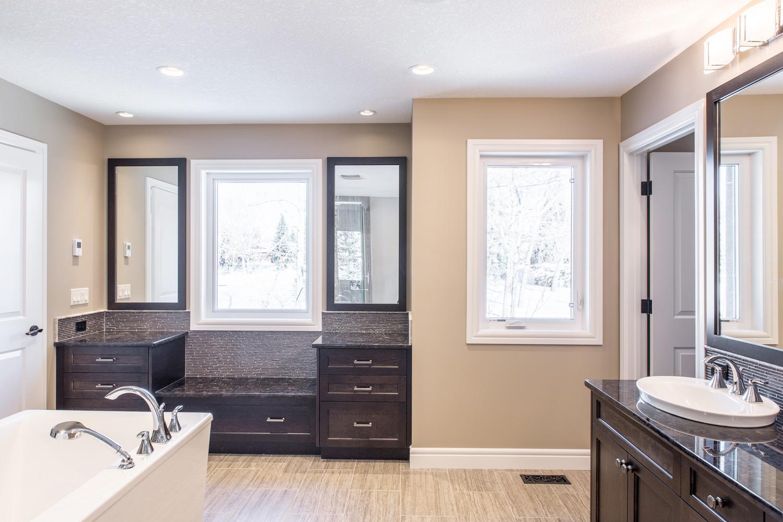 Pinnacle Custom Cabinets Calgary
