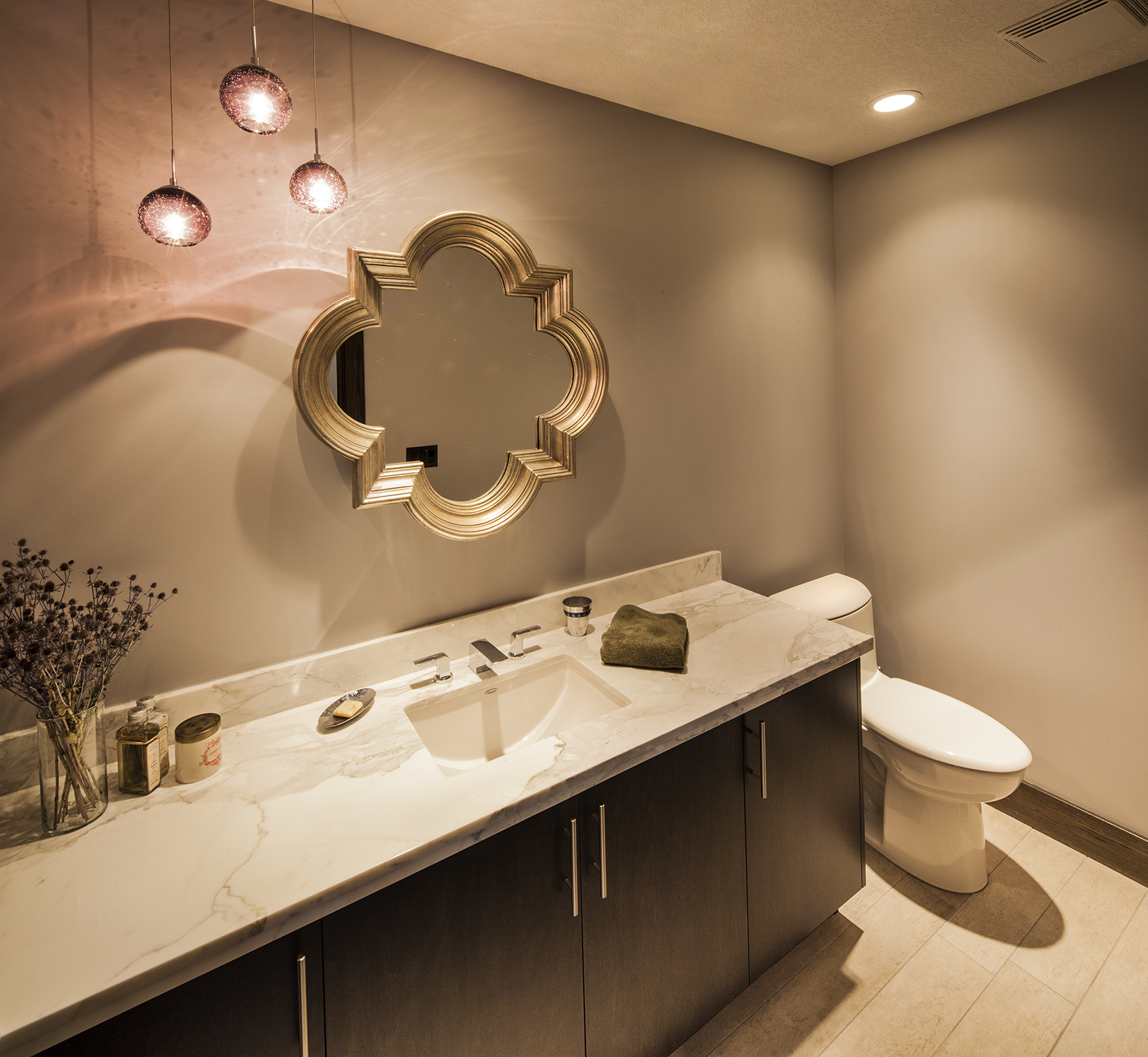 Guggisberg-Lower-Bathroom-LR